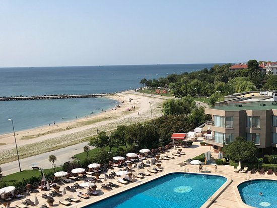 Cinar Hotel: View from balcony