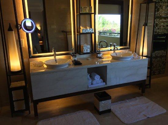 The St. Regis Bali Resort Photo