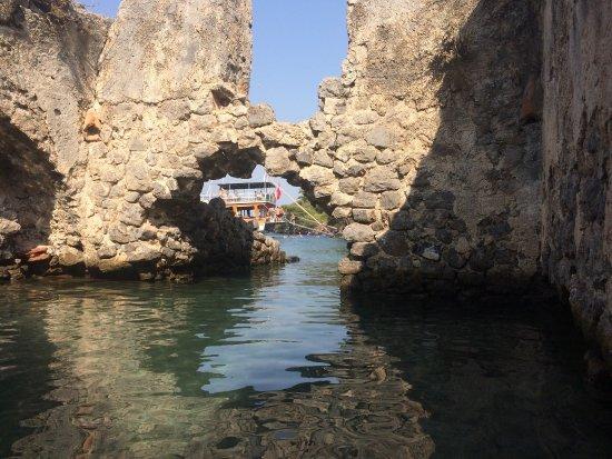 Гечек, Турция: Kleopatra Hamamı Vira Teknesi Göcek