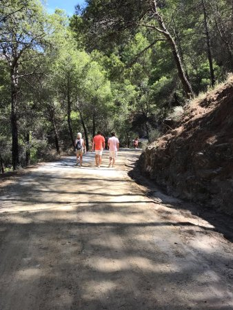 El Chorro, Spain: walking towards the start of the trail