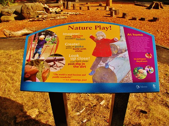 Fairview, OR: Nature Play area