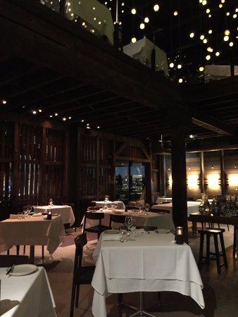 Flying Fish Restaurant & Bar: Inside the restaurant