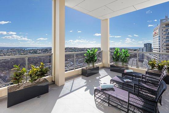 Bondi, Australia: Three Bedroom Harbourside Penthouse