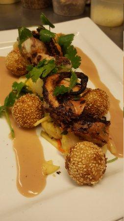 Hearsay Restaurant, Lounge, & Garden
