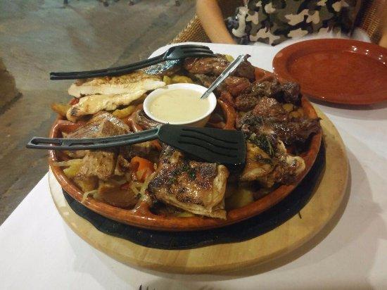 Santa Margalida, España: Ruota di carne (foto1)