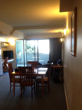 The Entrance, Australia: Dining/ lounge area