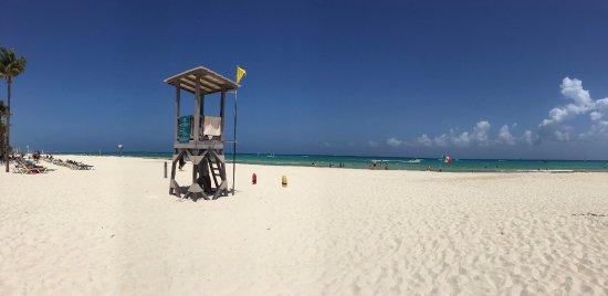 ClubHotel Riu Tequila: plage de sable blanc (acces par le riu yacatan)