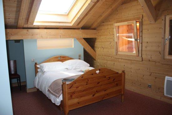 Verchaix, Francia: Room 4 family room en-suite