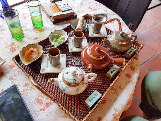 Reaching Out Tea House : nice tea set