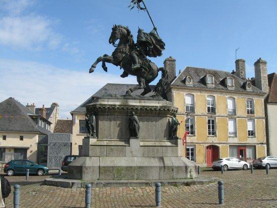 Falaise Memorial