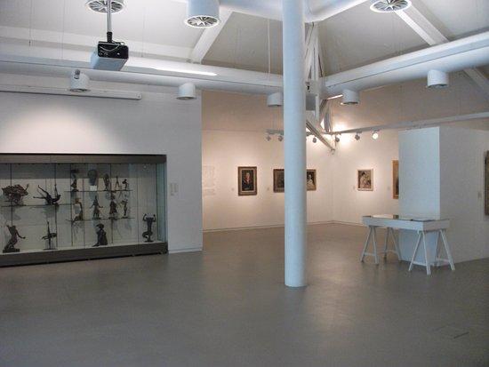 Exhibition Room D : F e mcwilliam gallery banbridge northern ireland top