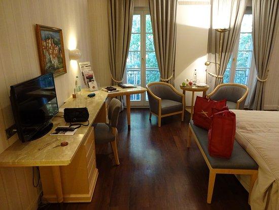 Hotel Bayrisches Haus Photo