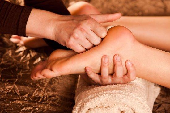 Abigail Porat Clinic - Therapeutic massage and Couple massage workshop