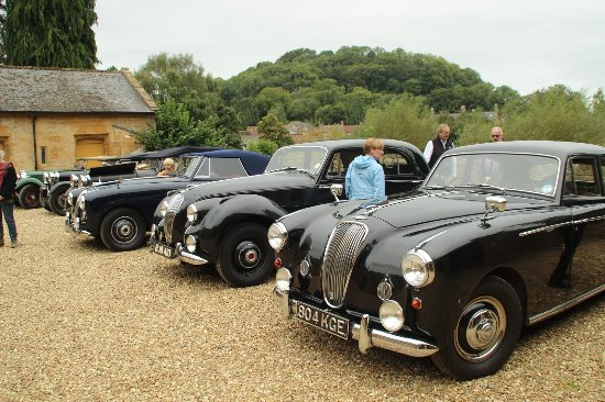 Montacute, UK: Lagonda's on display