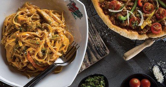 Shelly Beach, Afrika Selatan: Delicious Panarottis Pizza & Pasta