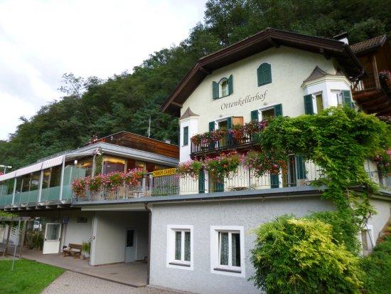 Cardano, Italie : Vše co unavený cestovatel potřebuje tady najdete.