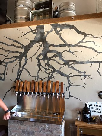 Green Bay, WI: Noble Roots Brewing Co