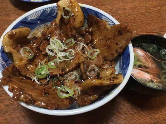 Honbetsu-cho, ญี่ปุ่น: 本別くるなら ぜひぜひ!  本別を代表するお店。。  生太巻やキレイマメの豚丼などなどをぜひ!