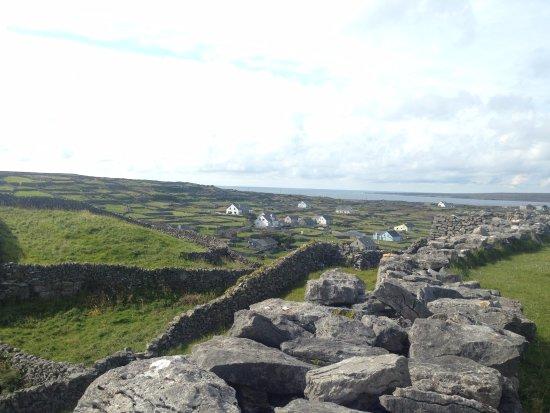 Doolin, Ireland: Inís Oírr