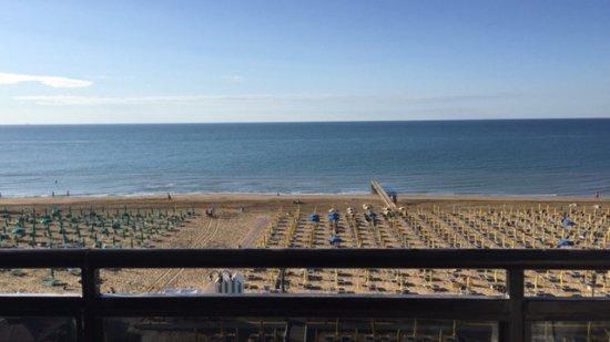 Baia del Mar Beach Boutique Hotel : Vista dalle camere al 5° piano