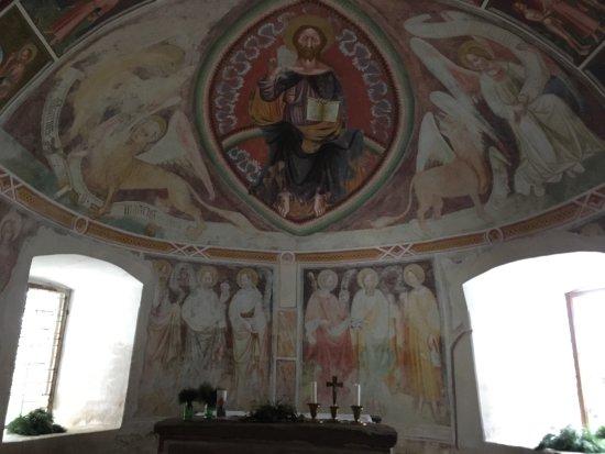 Nova Ponente, Italy: Kirchlein St. Helena