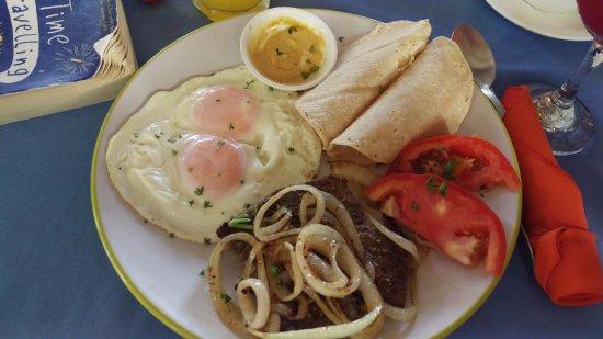 Brasilito, كوستاريكا: Steak & eggs @ Papaya