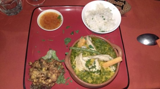 Brasilito, Costa Rica: Thai green chicken curry @ Papaya