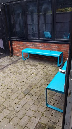 Orsett, UK: courtyard needs new seating chair and table