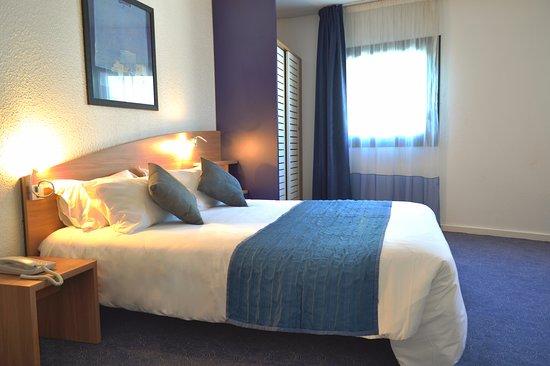 Art Hotel Paris Est  Pantin  France