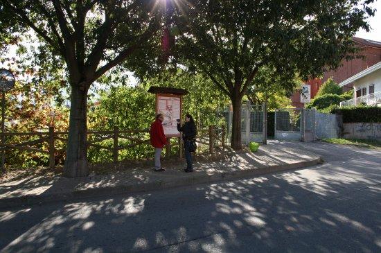 Settimo Torinese, Italia: A sx responsabile e fondatore del Museo