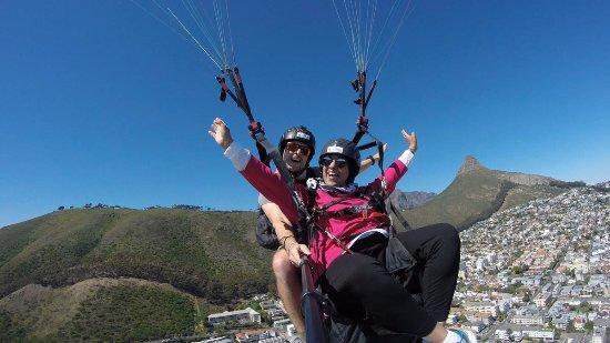 Hi5 Paragliding
