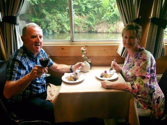 Bridgewater Cruises: Evening Dinner Cruise