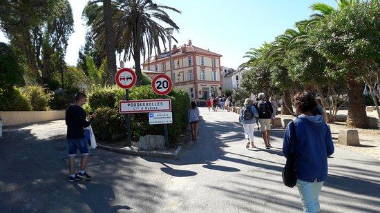Porquerolles Island, Francia: Entrée dans Porquerolles