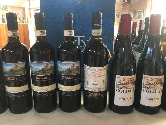 Capannoli, Italien: Selezione vini toscani