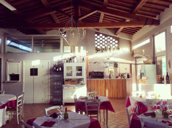 Capannoli, Italien: Particolare della sala interna