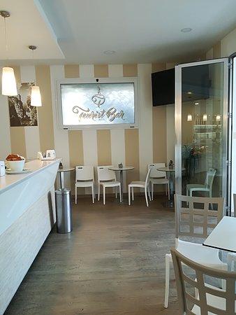 Tourist Bar Restaurant : IMG_20170919_161328_large.jpg
