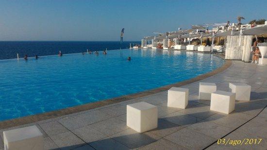 St. Paul's Bay, Malta: piscina principale