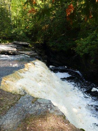 L'Anse, MI: The large falls