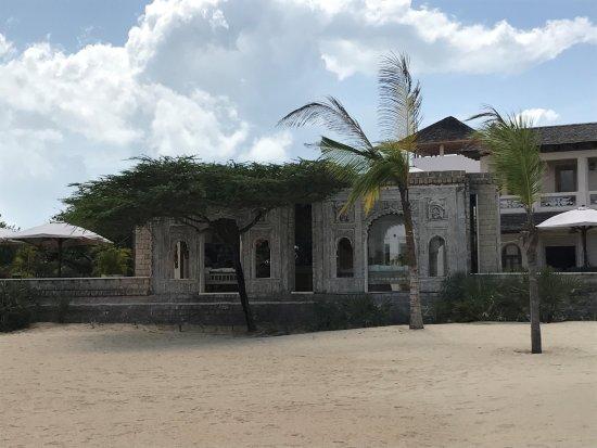The Majlis Hotel: ............. arriverderci Majlis ......