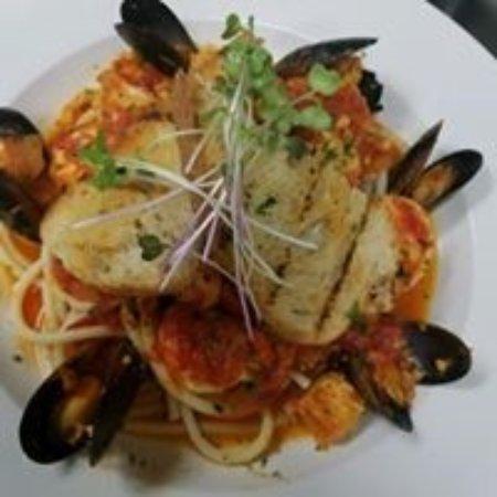 Juno Beach, FL: Seafood Pasta