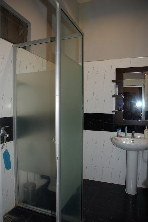 Mannar, Sri Lanka: la salle de bain de la chambre 108 !