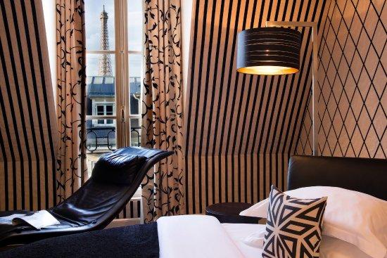 Hotel Ares Paris : Junior Suite (view on Eiffel Tower)