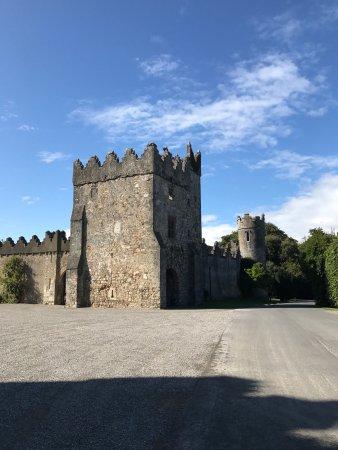 Howth Castle: photo1.jpg