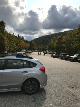 Franconia, NH: Lafayette Campground parking lot