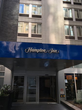 Hampton Inn Manhattan - Madison Square Garden Area : Acceso al hotel
