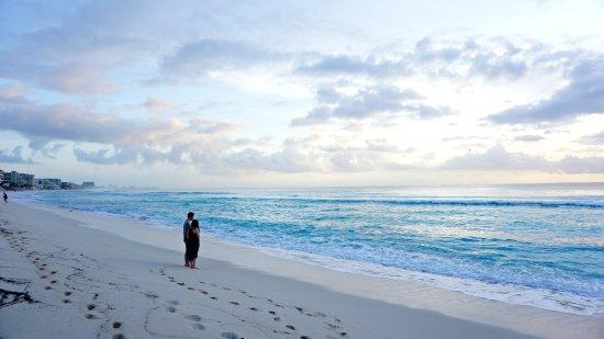 Oleo Cancun Playa Photo