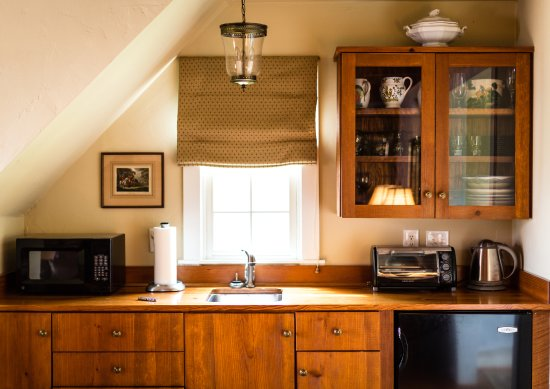 Sperryville, VA: Cabin Kitchenette
