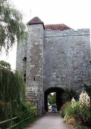 Arlington, UK: To the left of the tower are the remains of 2 old long drops or medieval loos
