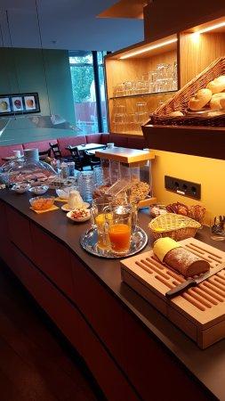 Valerian - Das Business Hotel: Frühstücksraum