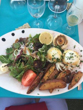 Torreilles, France: De bonne portion entrée à partager les sèches très bien cuites et le dessert au top